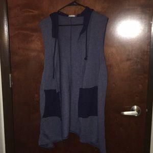 Long Sleeveless Athletic Jacket
